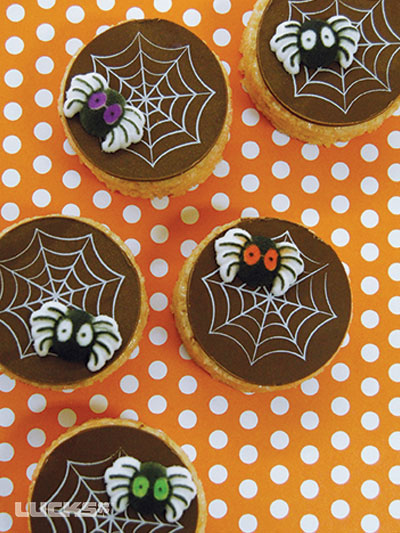 Spider Web Treats How-To