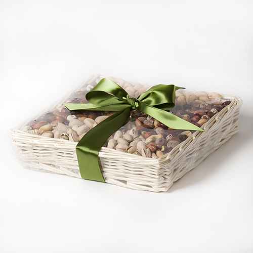 evening-roast-gift-basket-nuts-bow