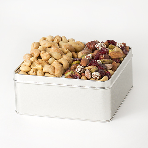 Coveted-pursuits-Gift-tin-cashews-cranberry-nut-mix