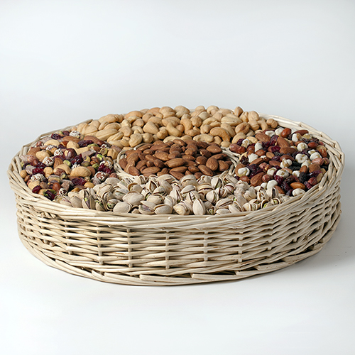 merry-mixer-gift-basket-nuts