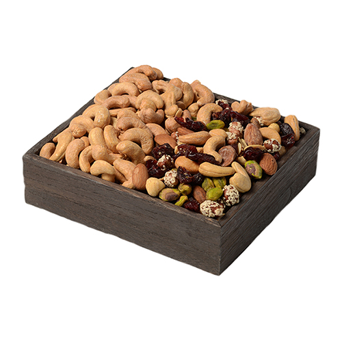Duo-Gift-Tray-Cranberry-Nut-Mix-Cashews-Open