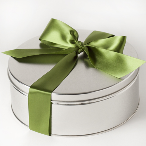 Tranquil-Circle-Gift-Tin-Bow-Medium