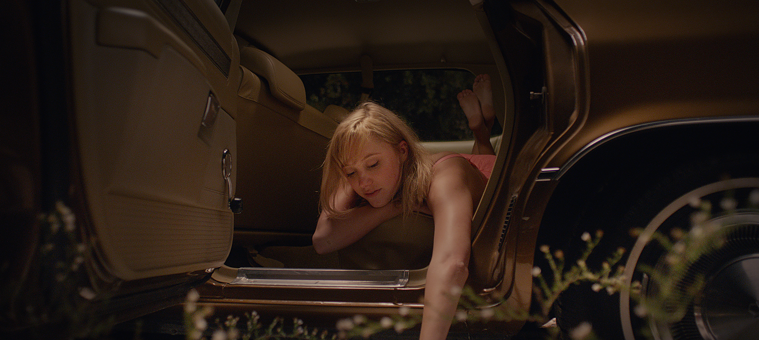it follows movie download
