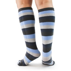 denim toe socks back view on model