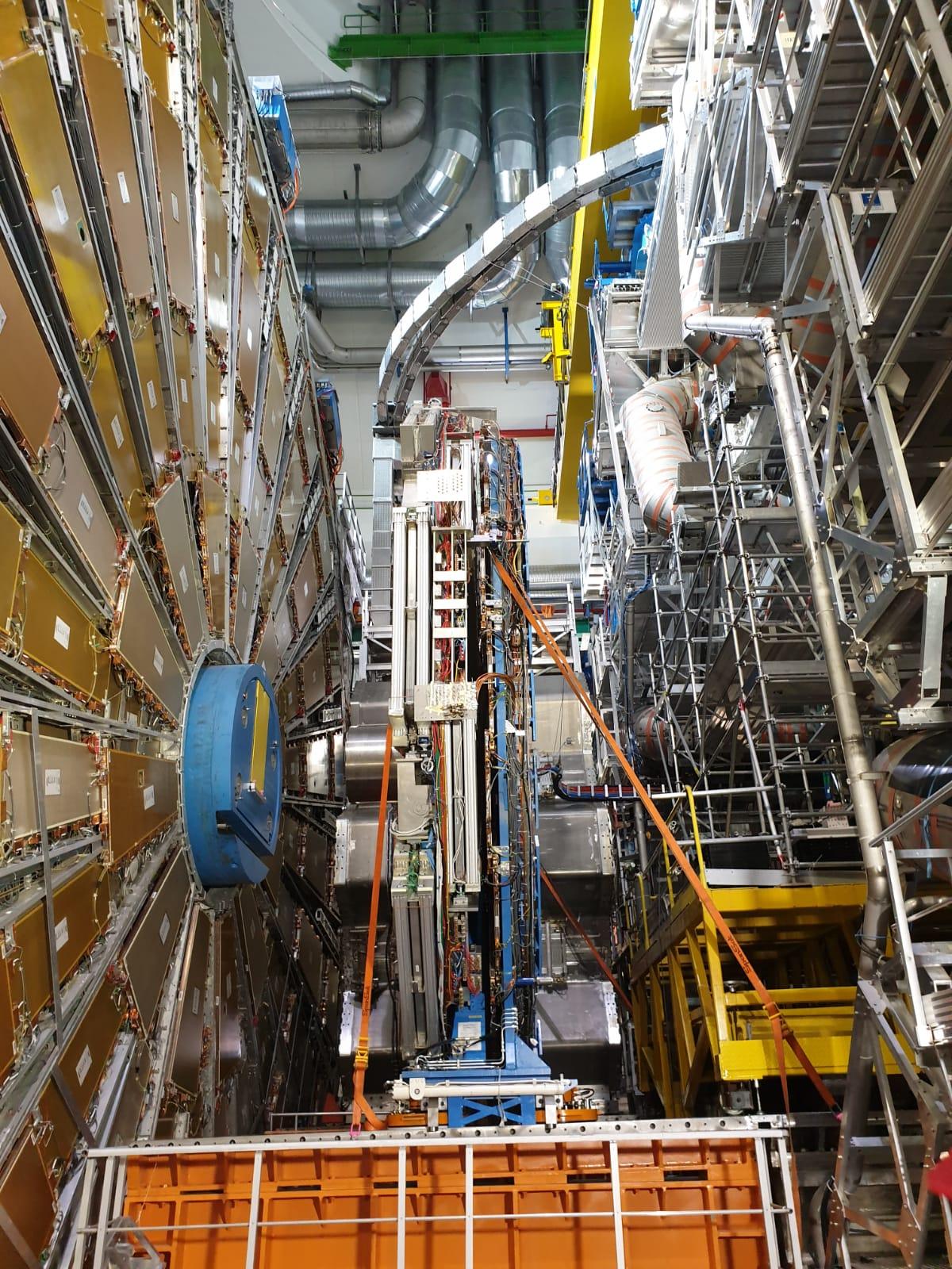 LHC Atlas Experiment 20190821