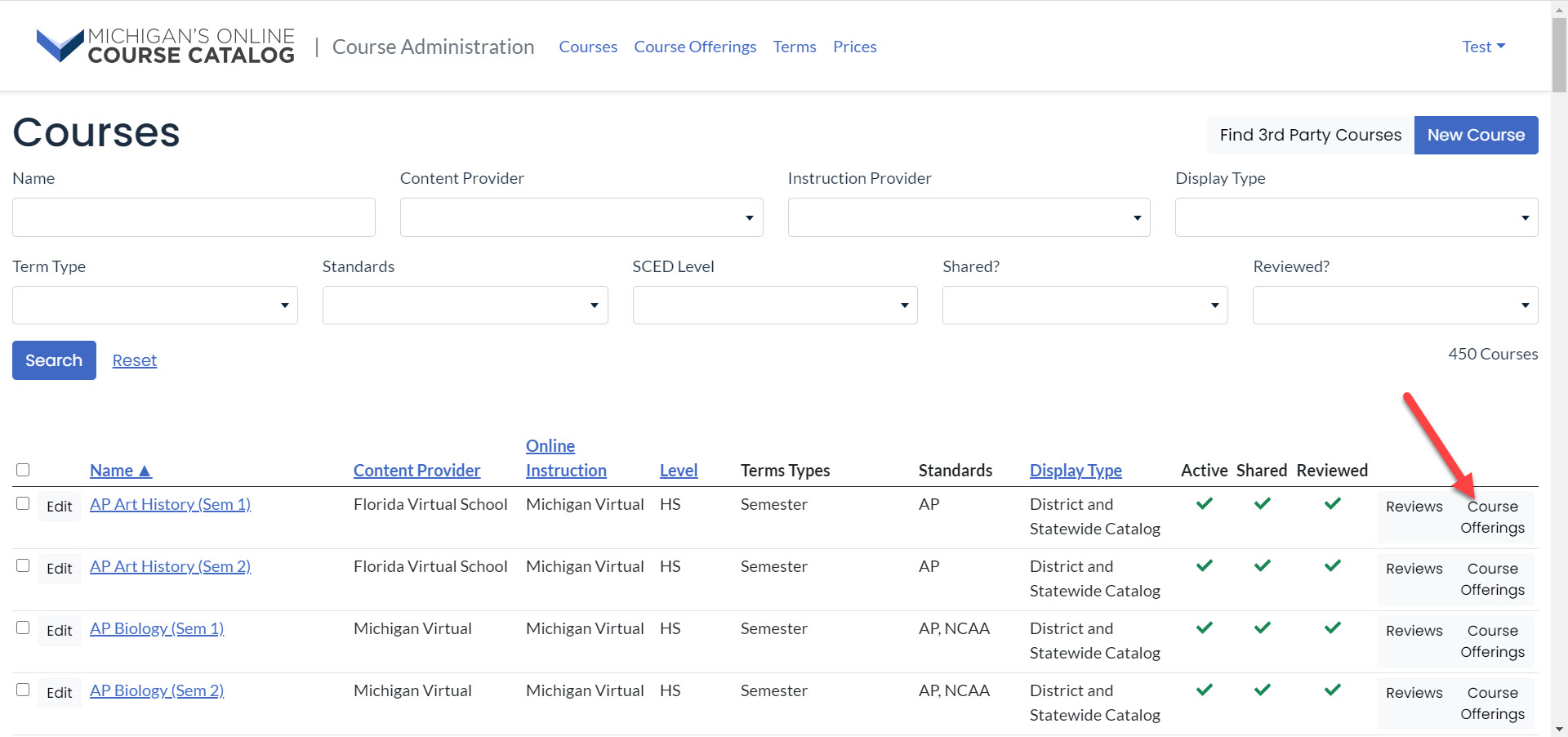 The courses page is shown with the results grid on bottom. An arrow points to the Course Offerings button in the top row for AP Art History.