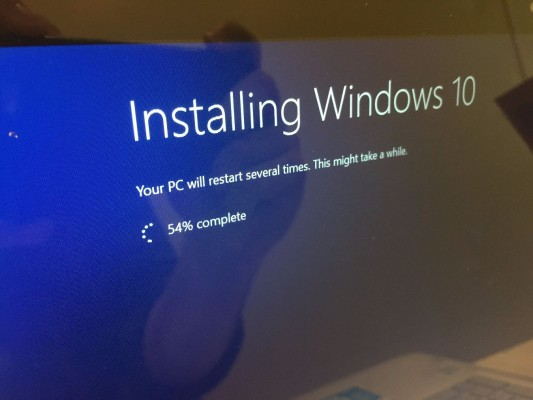 wait for windows 10 to install