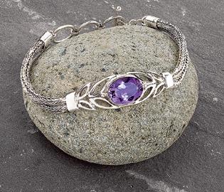 Amethyst Lotus Bracelet
