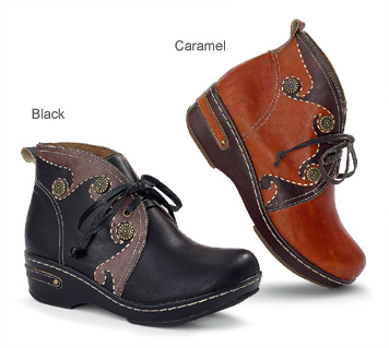 Winding Road Short Boots