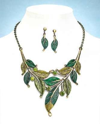 Greenwood Necklet & Earrings Set