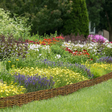 Cottage Garden Border Fence