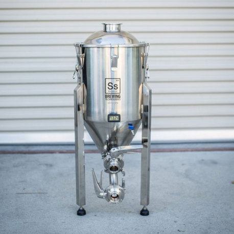 7 Gallon SS Brewtech Brewmaster Series Chronical