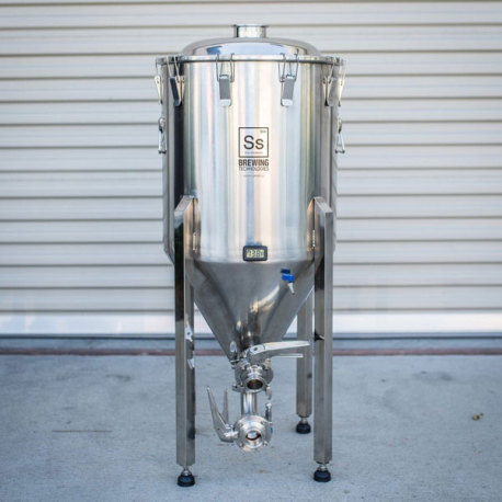 1/2 BBL SS Brewtech Brewmaster Series Chronical