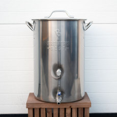 8 Gallon Stainless Steel Brew Kettle with Ball Valve