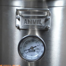 5.5 Gal Anvil Kettle Handle and Thermometer Close