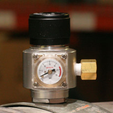 Mini Argon/Nitrogen Regulator w/Flare Fitting_1