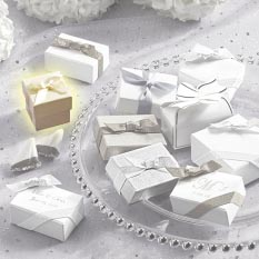 Ivory Favor Cube