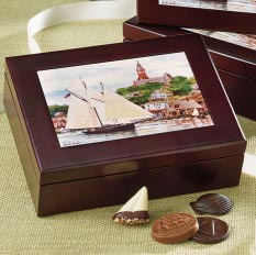 Harbor Sweets Keepsake Box - Harbor Scene