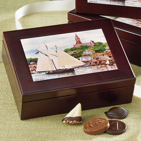 Keepsake Box 'Harbor Scene' - 16 pc