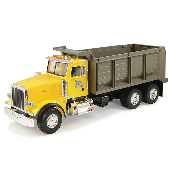 Ertl Big Farm 1:16 Scale Peterbilt Model 367 Dump Truck
