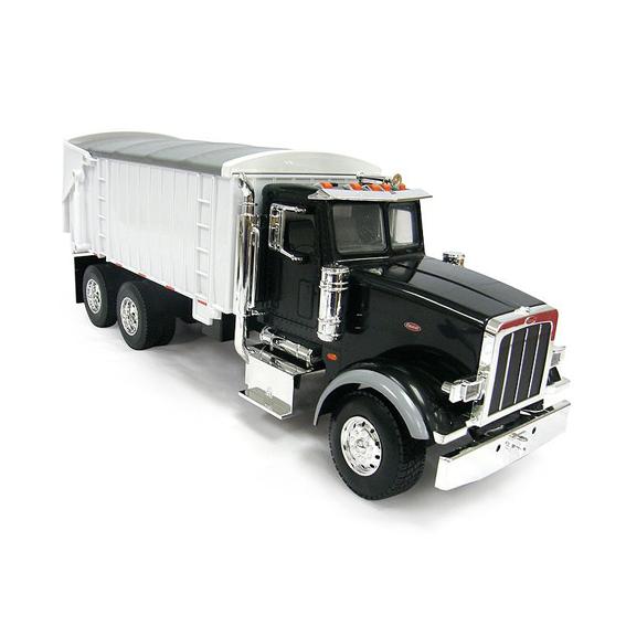 Ertl Peterbilt 1:32 Scale Model 367 Straight Truck With Grain Box