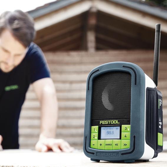 FESTOOL SYSROCK JOBSITE RADIO - ON THE JOB OUTDOORS