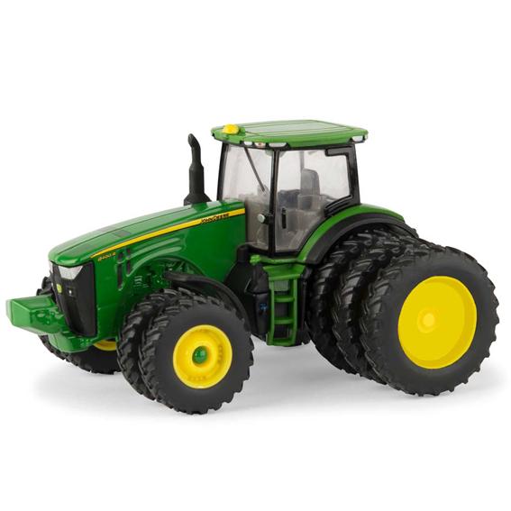 Ertl John Deere 1:64 Scale Model 8400R 4WD Tractor With Triples