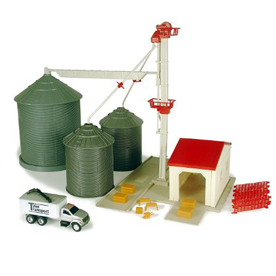 Ertl John Deere 1:64 Scale Farm Country Grain Bin Set