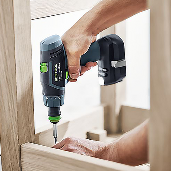 FESTOOL TXS BASIC CORDLESS DRILL - IN USE