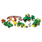 Ertl John Deere Big Red Barn 20 Pc. Fun on the Farm Playset