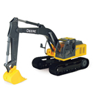 Ertl John Deere 1:16 Scale Model 200DLC Construction Excavator