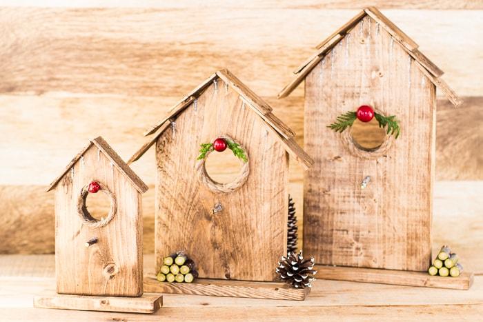 Easy homemade Christmas ornaments.