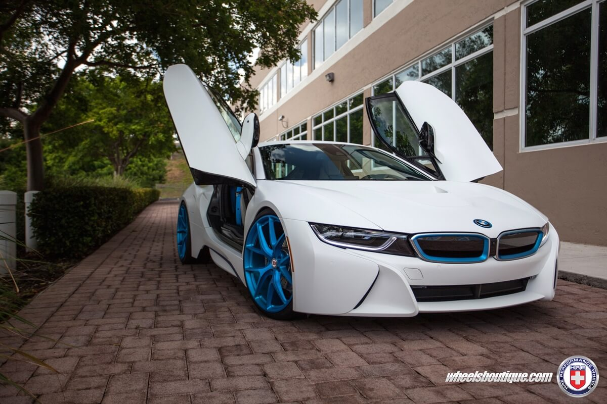 White BMW I8 With HRE P101 In Frozen ILectric Blue