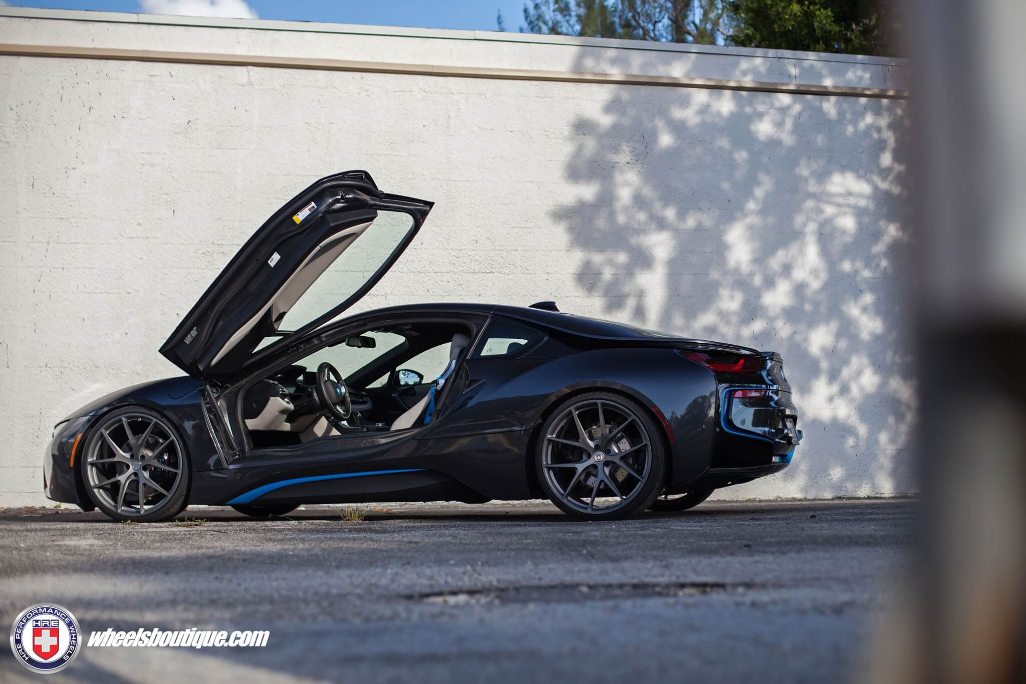 Bmw I8 With Hre P101 In Satin Charcoal Hre Performance Wheels