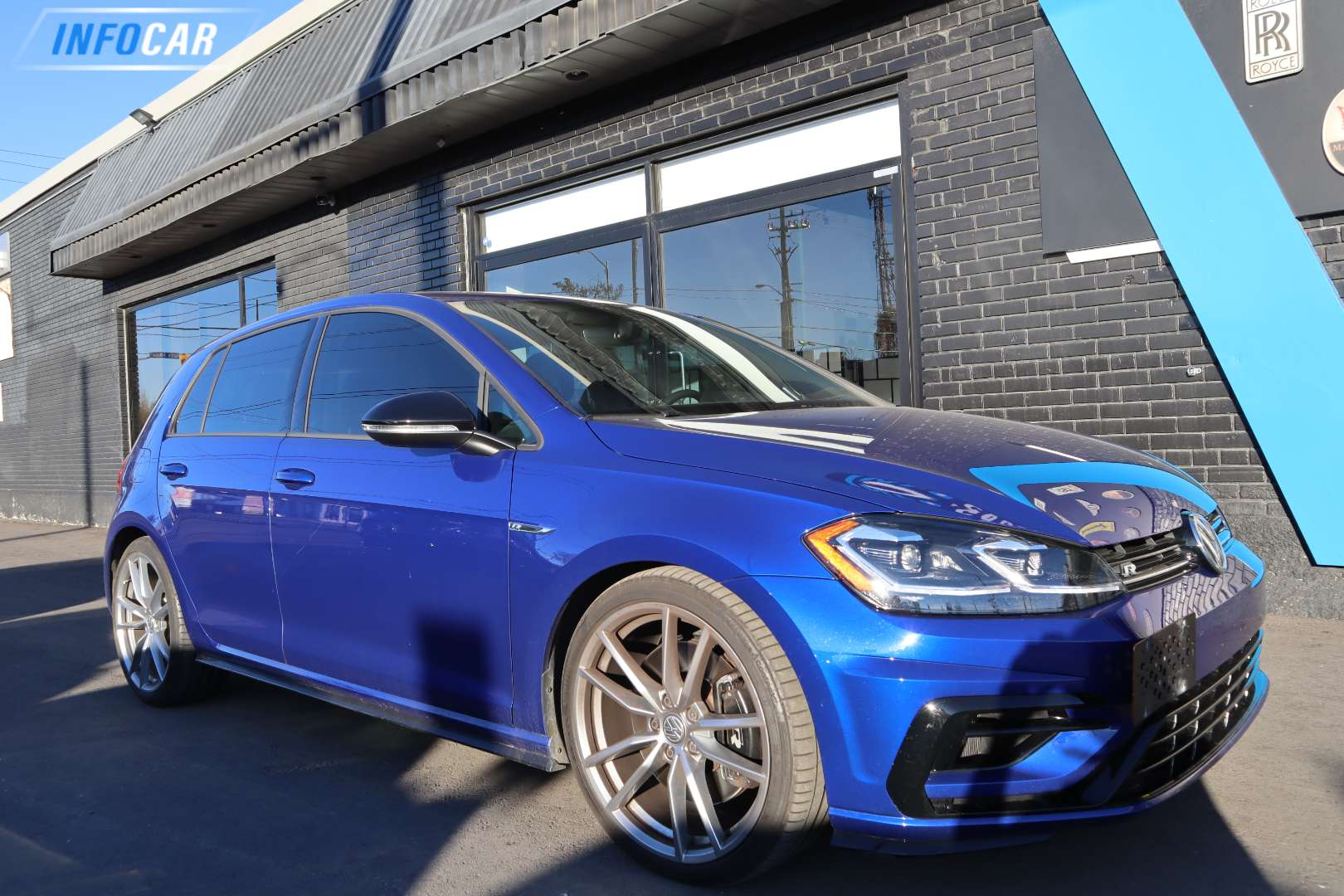 2018 Volkswagen Golf R  - INFOCAR - Toronto's Most Comprehensive New and Used Auto Trading Platform