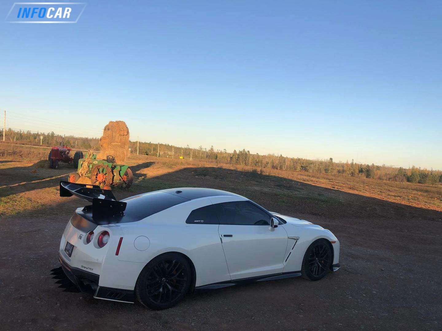 2018 Nissan GT-R  - INFOCAR - Toronto's Most Comprehensive New and Used Auto Trading Platform