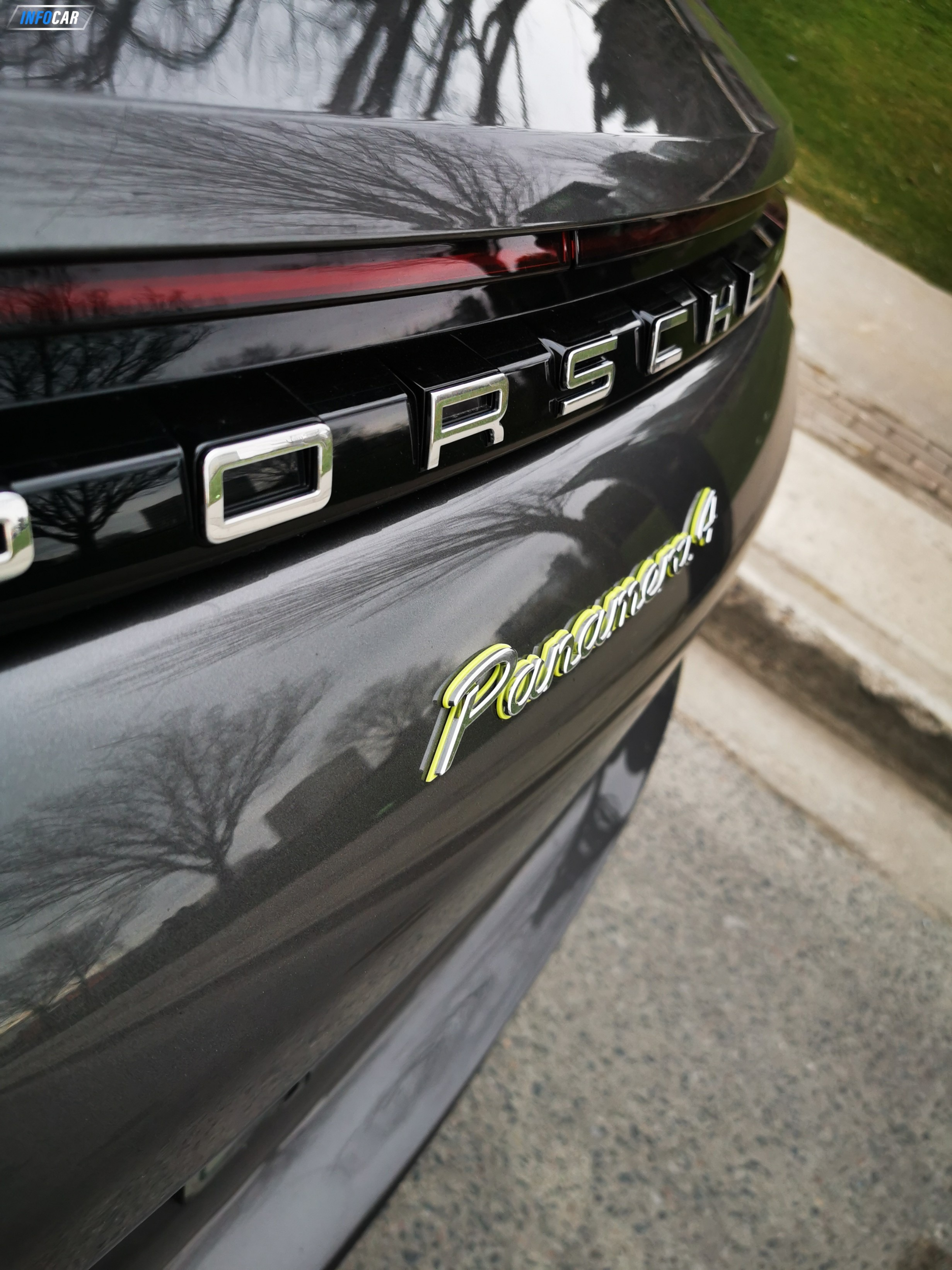 2018 Porsche Panamera Hybrid 4 e-hybrid - INFOCAR - Toronto's Most Comprehensive New and Used Auto Trading Platform