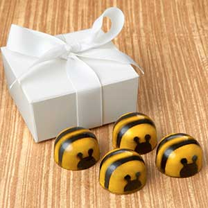 Chocolate Bee Favor 4pc: Choice
