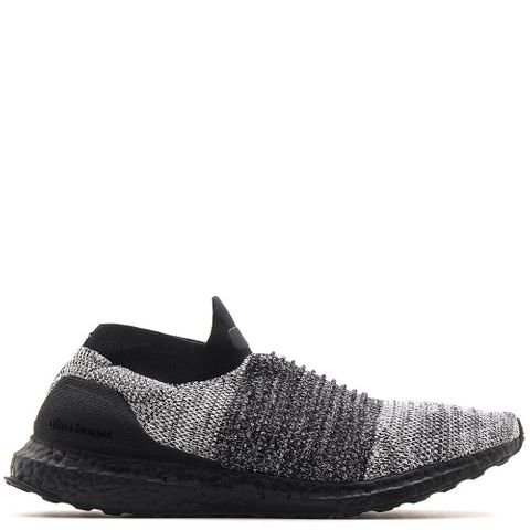 adidas Ultraboost Laceless / Core Black