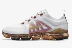 b8f8f1019d46 Air VaporMax 2019  Chinese New Year