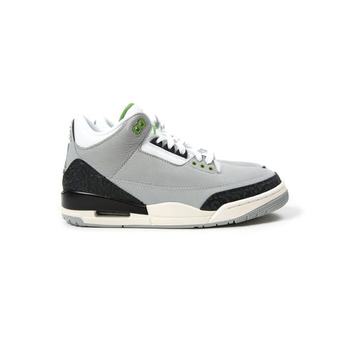on sale 47347 27392 Nike Air Jordan 3 Retro (Light Smoke Grey Chlorophyll Black White)