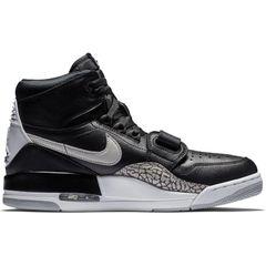 5eb733aeaea Don C Applies Patent Leather to His Jordan Legacy 312