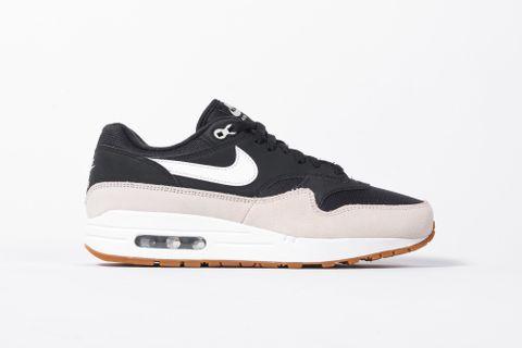 0c34ddb5f9 KickDB - Search sneaker stores