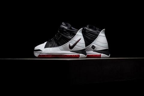 aecf118f90f69 Sneaker Politics · Nike Zoom Lebron III QS -  Home