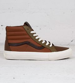 9d5144a5f996d5 The North Face 1990 Mountain Jacket. Urban Industry Urban Industry. Vans Sk8 -Hi Reissue ST LX