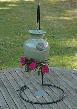 Small Down Under Pot Stand/Hummingbird Feeder Stand