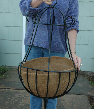 "16"" Peacock Hanging Basket Coco Liner"