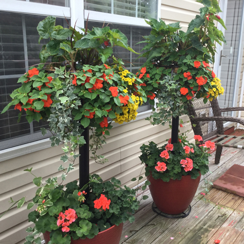 Pamela Crawford Basket Column For Large Pots (Top Basket Not Included)