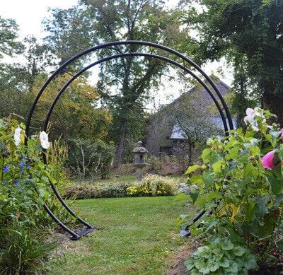 Moon Gate Arch