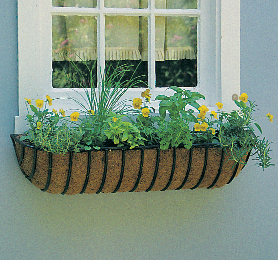 "30""  Euro Classic Hayrack Planter & Natural Coco Liner Set"